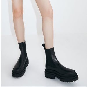 🖤LEATHER CHUNKY BOOTS🖤